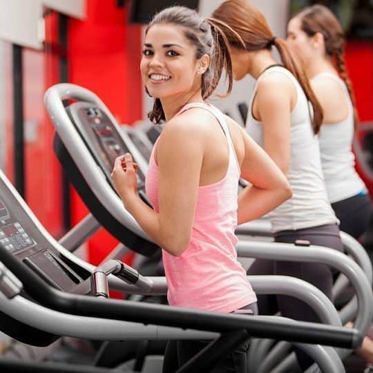 Плюсы занятия в фитнес-клубе