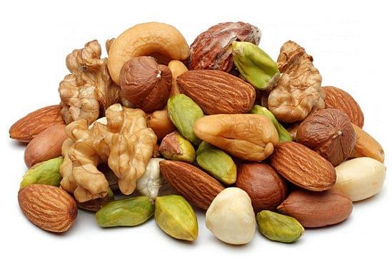 Орехи в правильном питании